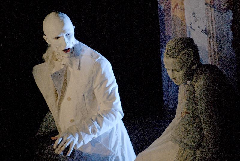 "O. Koršunovo spektaklio ""Žiema"" pagal J. Fosse's pjesę scena. Dmitrijaus Matvejevo nuotrauka"