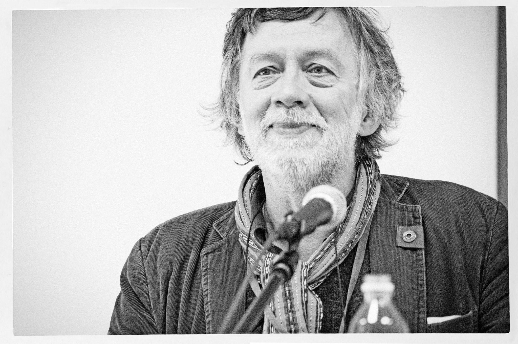 Antanas A. Jonynas. Foto manipuliacija.lt