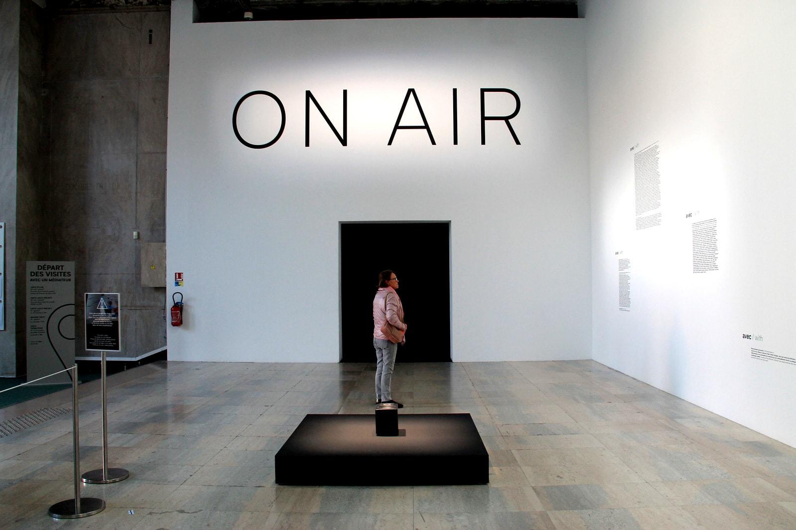 "Thomo Saraceno paroda ""On Air"""