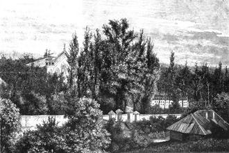 Senosios Rasos. Dešinėje matosi buvęs pietinis kolumbariumas ir senieji kapinių vartai. 1882 m.  Nuotrauka iš leidinio: Kirkoras A. H. Lietuva nuo seniausių laikų iki 1882 metų. – Vilnius, 1995