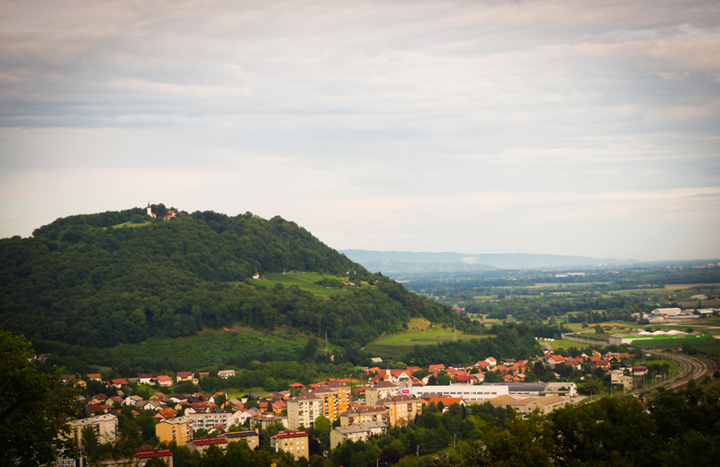 Libicos kalva ir Krško miestelis kairiajame Savos krante