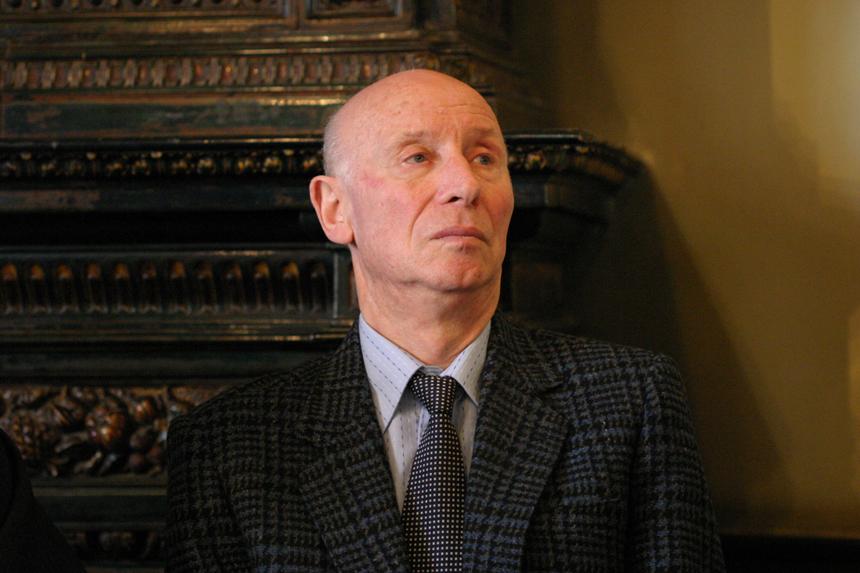 Mykolas Sluckis (1928 10 20–2013 02 25)