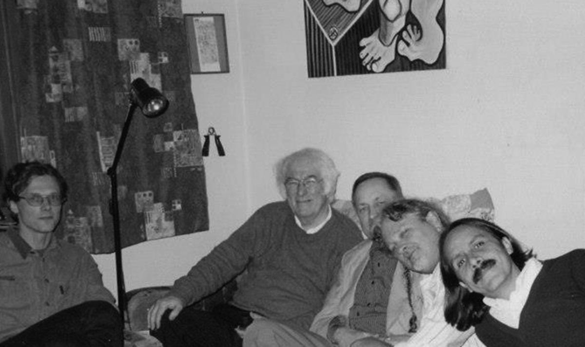 Poetai Eugenijus Ališanka, Seamusas Heaney's, Kornelijus Platelis, Kerry's Shawnas Keysas, Gerardo Bertranas. Džojos Barysaitės nuotrauka