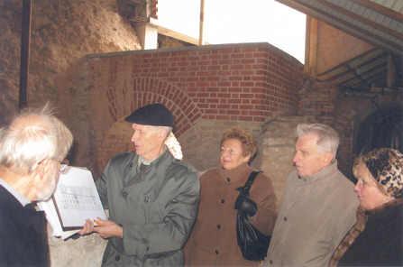 Atstatytuose Valdovų rūmuose – N. Kitkausko ekskursija rašytojams. Nuotrauka iš asmeninio N. Kitkausko archyvo
