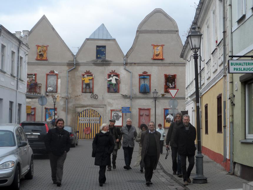 Lietuvių ir Lenkų PEN centrų susitikimo dalyviai Kėdainiuose. Antano A. Jonyno nuotrauka
