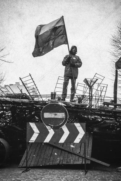 """Mariuszo Foreckio nuotrauka iš Seimo II rūmų parodų galerijoje iki sausio 22 d. veiksiančios lenkų fotomenininko M. Foreckio parodos """"Lietuva. Sausis"""""""