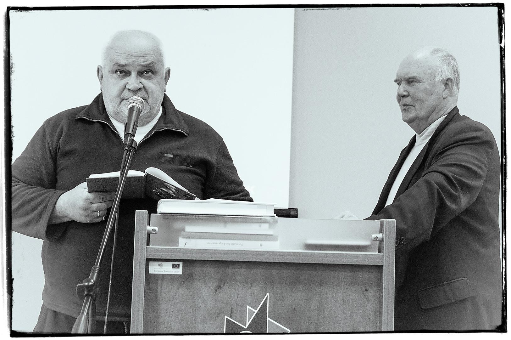 Gintaras Patackas Poetiniame Druskininkų rudenyje, foto manipuliacija.lt