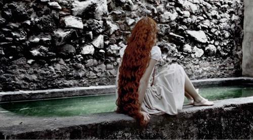 """Filmo """"Apie meilę ir kitus demonus"""" (rež. Hilda Hidalgo, 2009) kadras"""