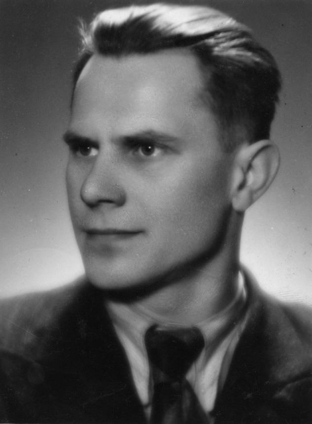 Jonas Mačiulis, Belvederio pienininkystės technikumo mokytojas. 1945 m.