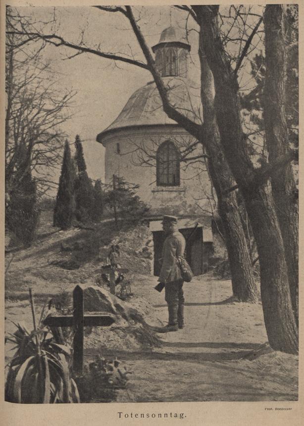 "Žuvusiųjų pagerbimas sekmadienį. Boedeckerio nuotrauka. ""Bildenschau der Wilnaer Zeitung"", 1918, Nr. 34"