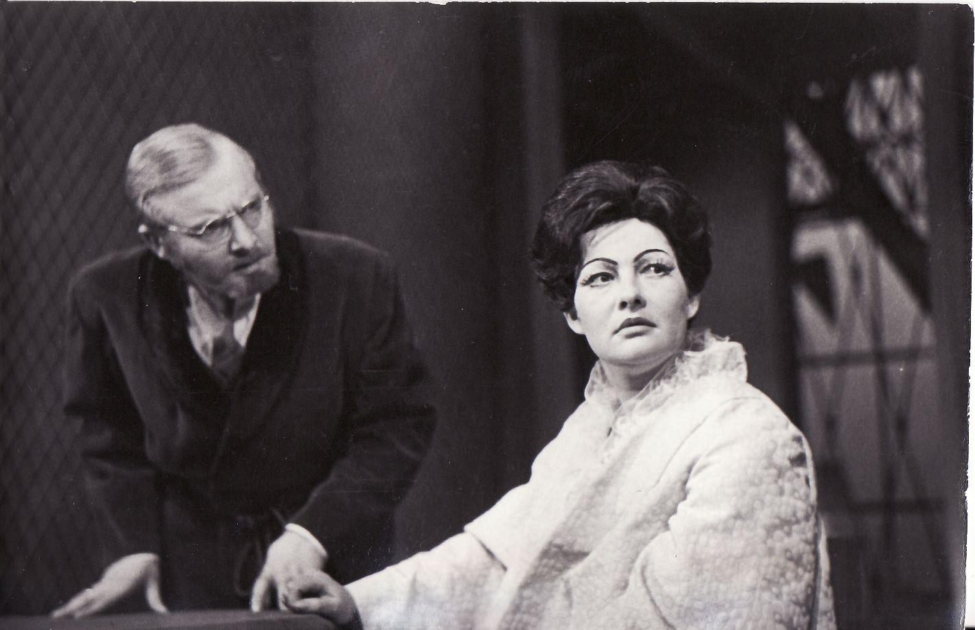 """Heda Gabler"". Tesmanas – A. Dūkšta, Heda – D. Melėnaitė (1972)"