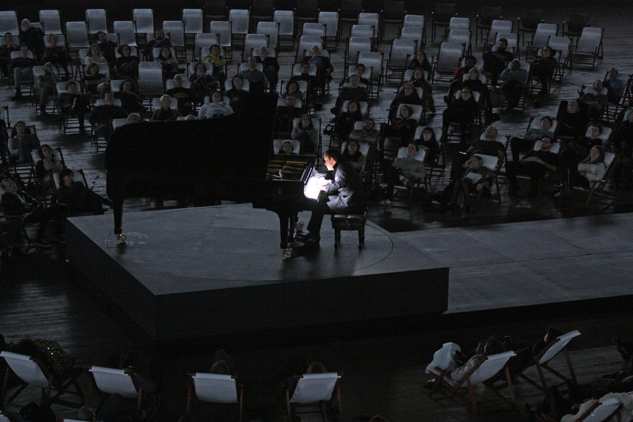 """Igoris Levitas atlieka """"Goldbergo variacijas"""". Hiroyuki Ito nuotrauka"""
