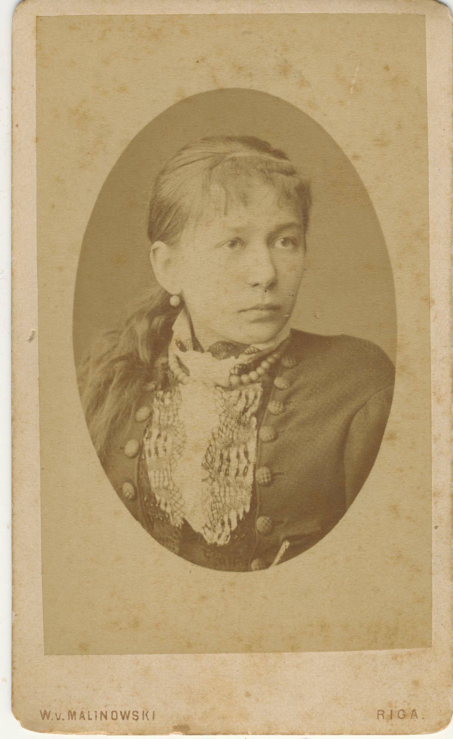 G. Petkevičaitė 1877 m. V. Malinovskio nuotrauka iš  Maironio lietuvių literatūros muziejaus archyvo