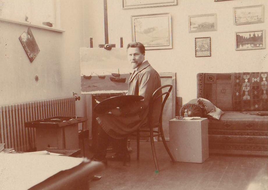 A. Žmuidzinavičius dirbtuvėje prie molberto, 1932
