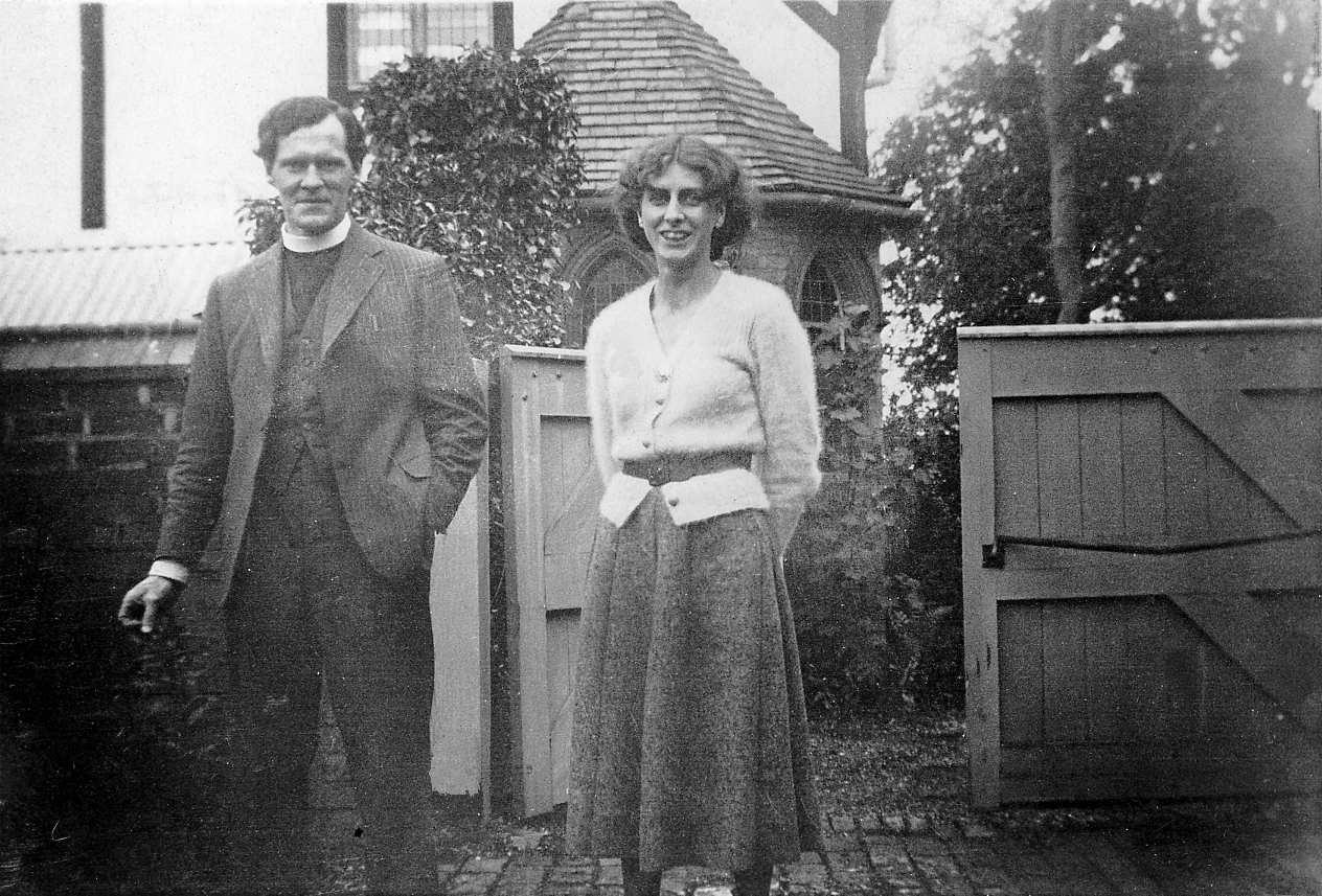 Ronaldas Stuartas Thomasas su žmona Mildred Eldridge 1940 m.