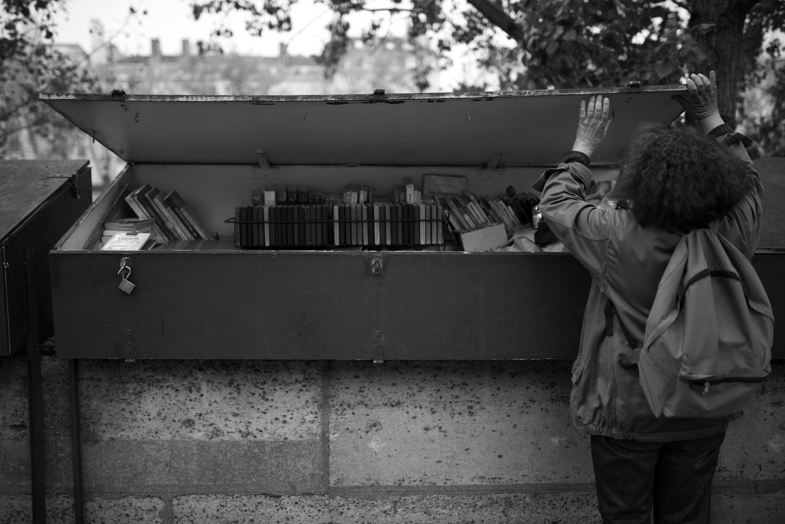 """Rokas Morkūnas. Nuotraukos iš ciklo """"Bukinistė Hélène"""""""
