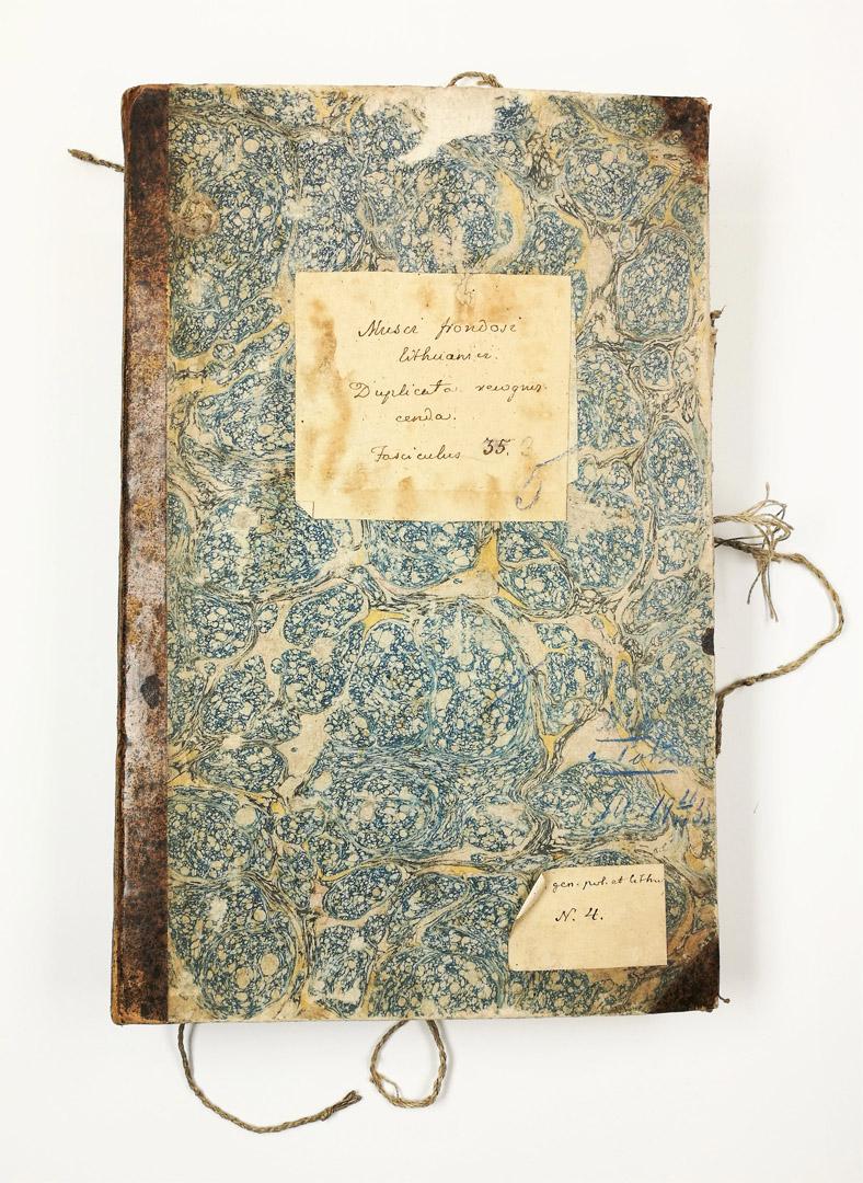 Originalus XIX a. aplankas, kuriame saugota dalis samanų herbariumo kolekcijos