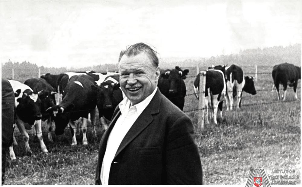 A. Sniečkus ganykloje. 1970 m. liepa. Lietuvos ypatingasis archyvas, f. 16895, ap. 1, b. 72, l. 17.