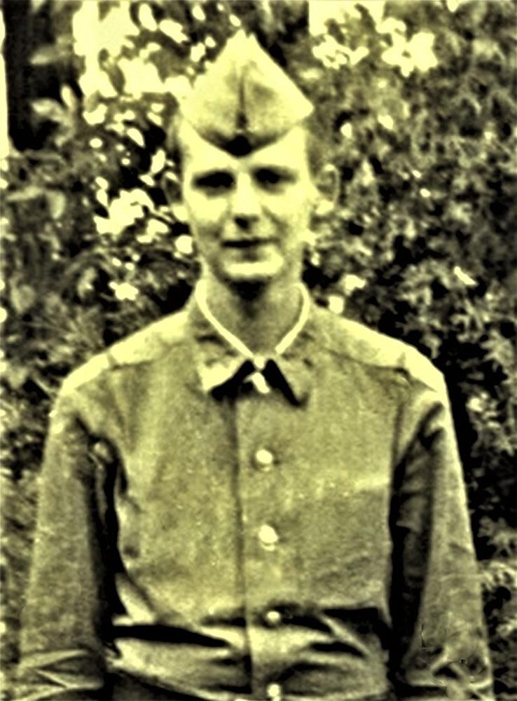 Jefreitorius Povilas Girdenis. Užkarpatė,  Mukačevas, 1989 m. gegužė